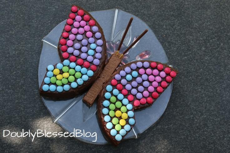 Schmetterling-Geburtstagskuchen mit Smarties